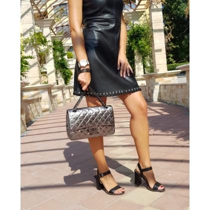 Чанти с капитониран дизайн