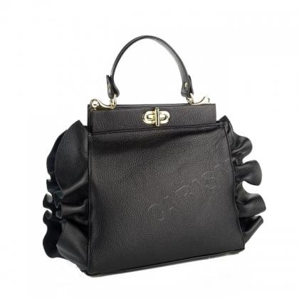 Ефектна дамска чанта в черно