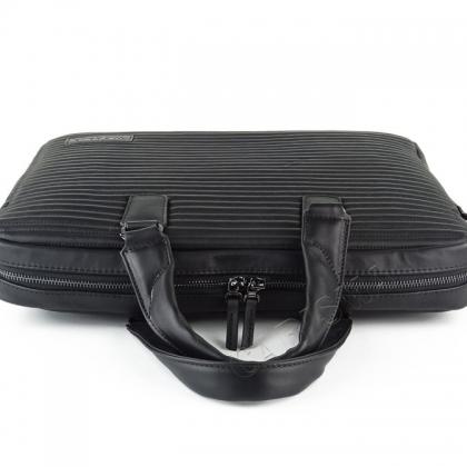 Олекотена мъжка чанта с дълга дръжка