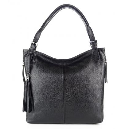 Дамска чанта от мека кожа