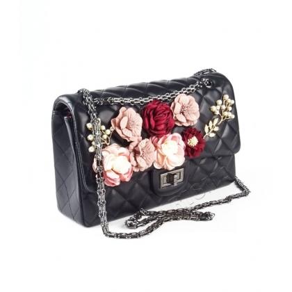 Черна дамска чанта цветя, Капитониран дизайн, К8370