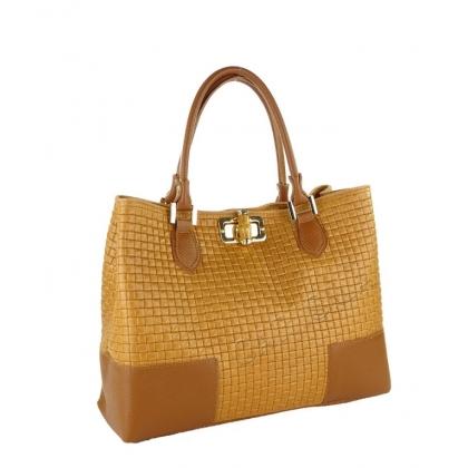 Чанта с ефектна преплетена кожа, Коняк, 1018-1