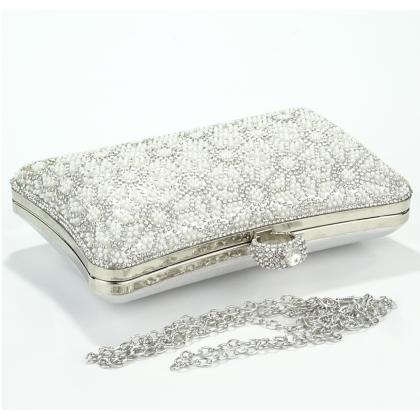 Абитуриентска сребърна чанта с камъни