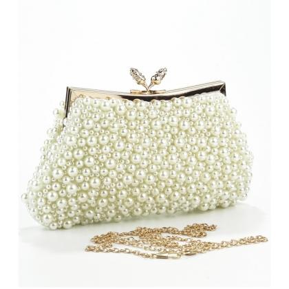 Чанта с перли и камъни