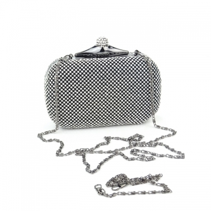 Вечерна чанта с камъни