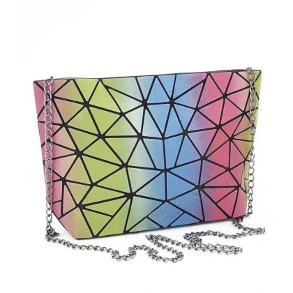 Холограмна дамска чанта тип несесер 8321Y