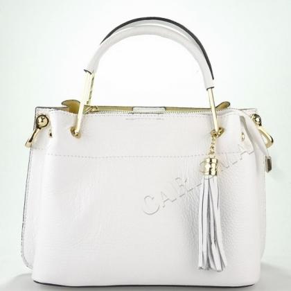 Дамска чанта от естествена кожа в бяло