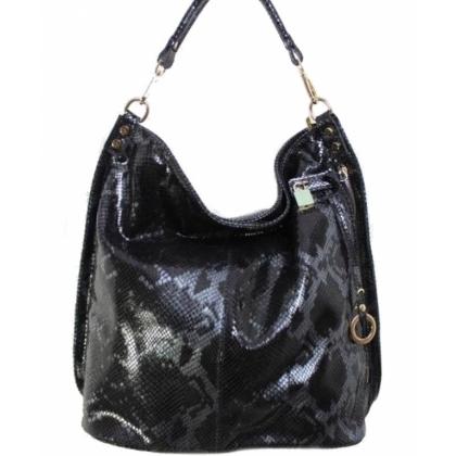 Черна змийска торба