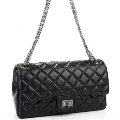 Дамска кожена чанта с капитониран дизайн в черно