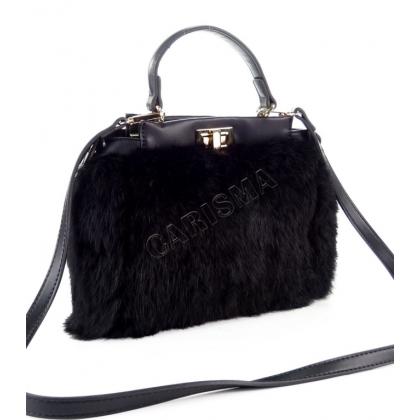 черна кожена чанта с косъм