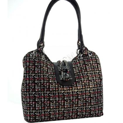 Кожена чанта и естествен велур