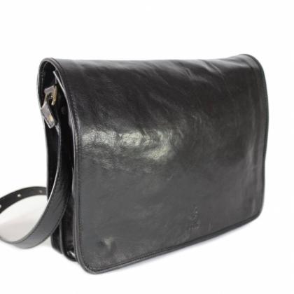 Мъжка чанта месинджър