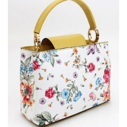 Кожена дамска чанта с флорални мотиви