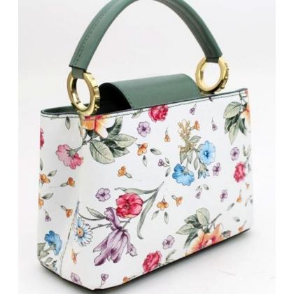 Бяла кожена чанта на цветя