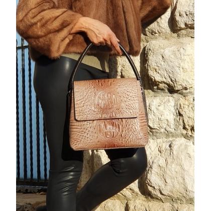 Бежова дамска чанта с капак, Кроко, 9889-3