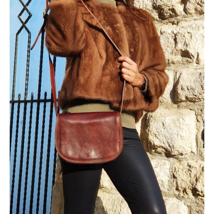 Среден размер дамска чанта от естествена кожа, Тъмнокафява, 135033