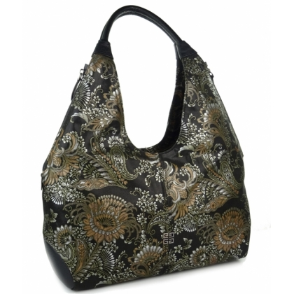 Мека чанта тип торба