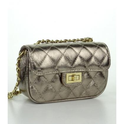Малка кожена чанта в цвят старо злато