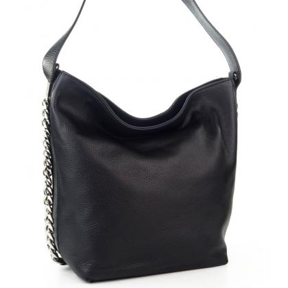Стилна кожена чанта тип торба в черно L1220-1
