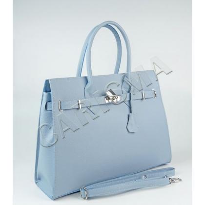 Дамска кожена чанта в светлосиньо