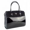 Чанта от еко кожа, лак и велур