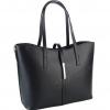 Чанта от черна гладка кожа