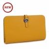 Голямо жълто портмоне