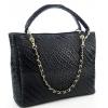 Черна кожена чанта с релефна щампа